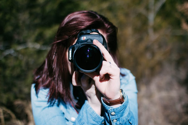 Take a Picture Using Lenses