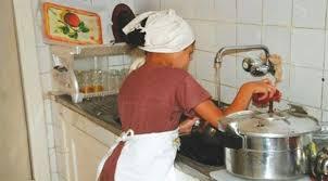 Le Maroc vote une loi qui interdit les domestiques mineures.