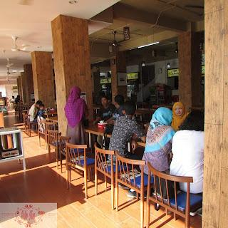 Nasi Uduk Jakarta Mpok Zubaedah1