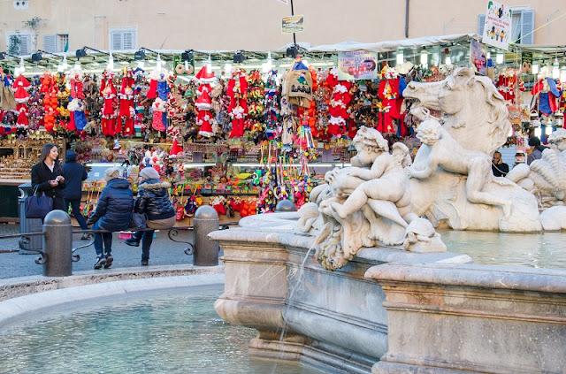 Mercado de Natal na Piazza Navona em Roma