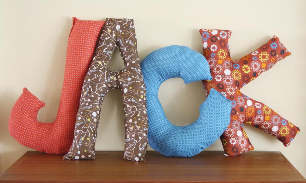 Please Note: DIY: Letter Pillows