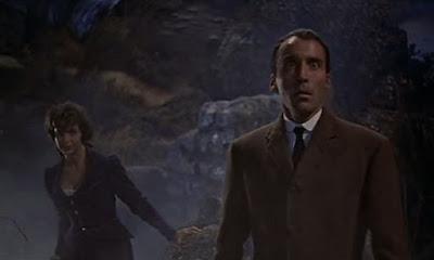 Christopher Lee y Marla Landi / El perro de Baskerville: (The Hound of the Baskervilles -1959)