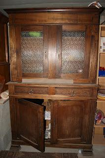 laura george activit s pour mamans et pour enfants retaper un vieux meuble familiale. Black Bedroom Furniture Sets. Home Design Ideas