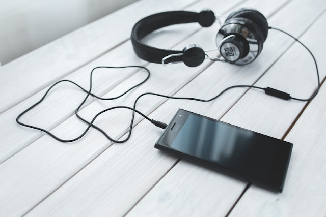 Mengulas Spesifikasi Handphone Nokia Terbaru dengan Baterai Tahan Lama