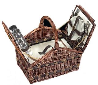 10 niezbędnych akcesoriów na grill i piknik - My Chcemy Jeść