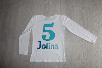 http://susis-fadensalat.blogspot.de/2016/03/jolina-geburtstagsshirt.html