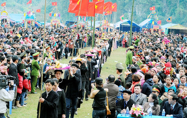 Participating spring festival on Ba Be lake – an exciting experience 2