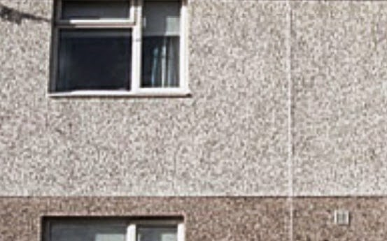 External wall of no-fines concrete provides thermal insulation