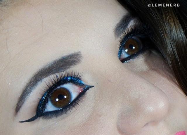 maquiagem-com-glitter-azul