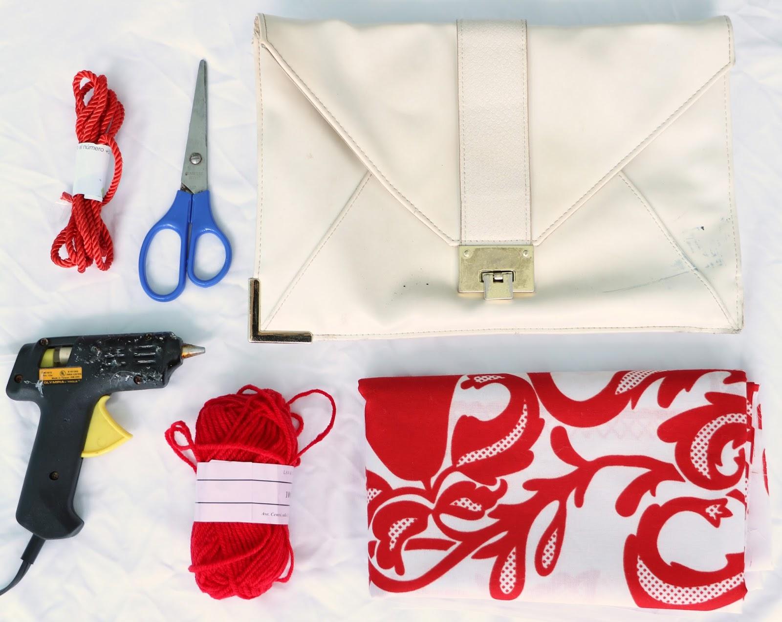 DIY No-Sew Panama pollera inspired clutch. Click through for tutorial