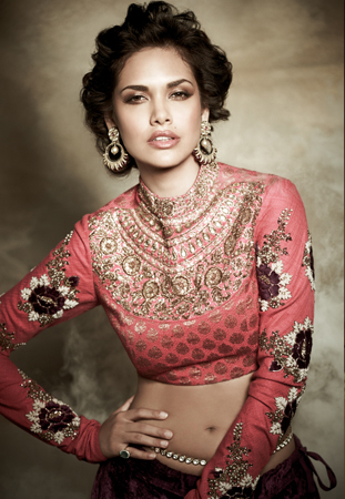 Esha Gupta superhot photos, Esha Gupta sexy images, Esha Gupta navel photos