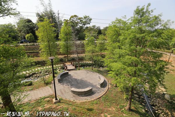 《台中.神岡》飛機場主題的圳前仁愛公園-小橋、流水、沙池,親子同遊好去處