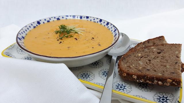 Aus meiner Suppenküche: Karotten-Linsen-Suppe