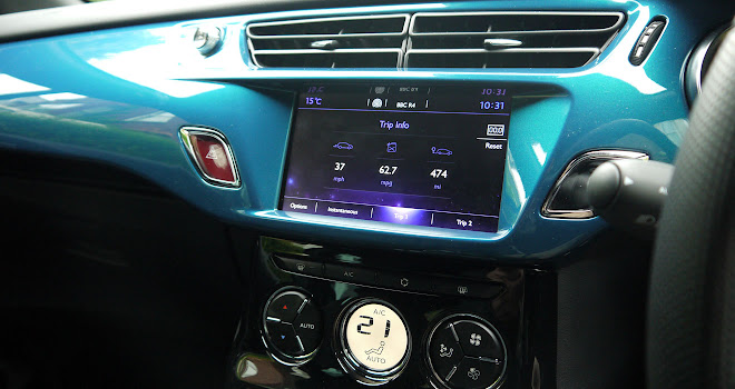 DS 3 touchscreen