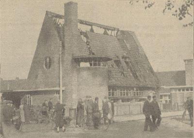 Het verenigingsgebouw, daags na de brand
