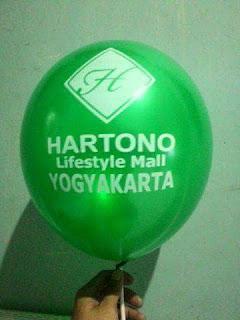 balon sablon iklan hartono mall jogjakarta