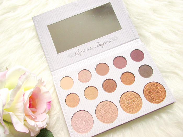 review: Carli Bybel Eyeshadow & Highlighter Palette - 14 colours