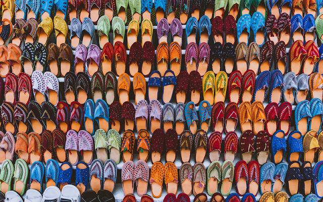 Hukum Memakai Sandal yang Tertukar di Masjid, Bolehkah ?
