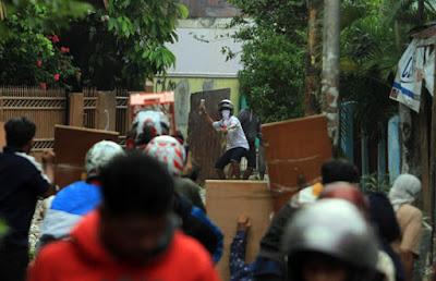 Tawuran Dua Kelompok Pemuda Mencekam di Karawang