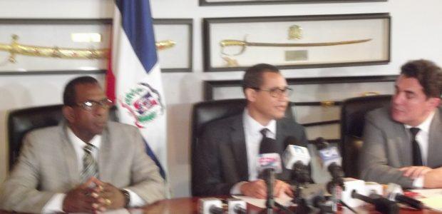 Abogados de Hipólito Mejía se quejan de tardanza de SCJ en demanda contra Wilton Guerrero