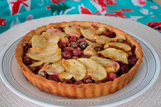 Tarta de arándanos rojos y manzana, sin harina ni azúcar