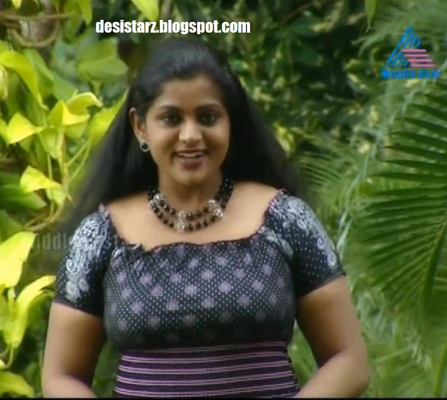 Veena Nair Photos : Serial Actress, Kairaly Tv Tharolsavam