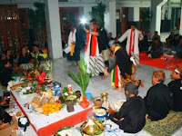 12 Tari Tradisional Jawa Barat