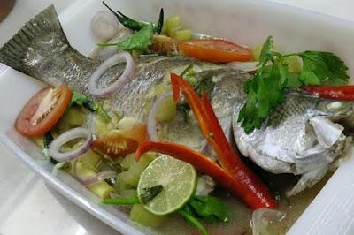 Resepi Ikan Siakap Stim Lemon Yang Simple