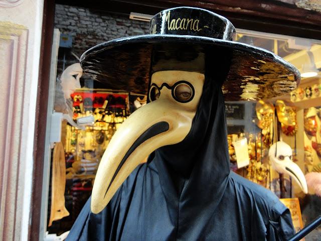 5 zajímavostí kolem benátských karnevalových masek, Benátky průvodce, Benátky počasí, kam v Benátkách, Benátský karneval, Medico della Peste, Plague doctor