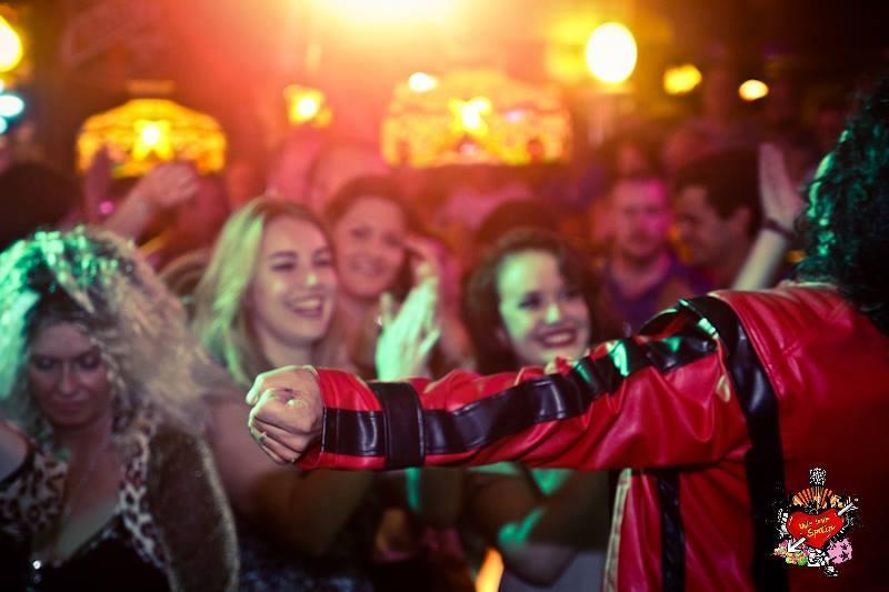 Delfim Miranda - Michael Jackson Tribute - Thriller - Live before audience - Red Jacket