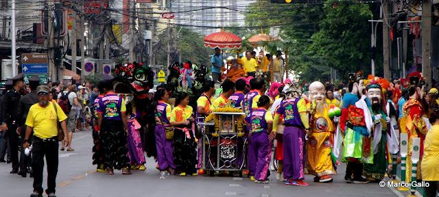 FIESTON CHINO EN HONOR A BUDA, BANGKOK. TAILANDIA