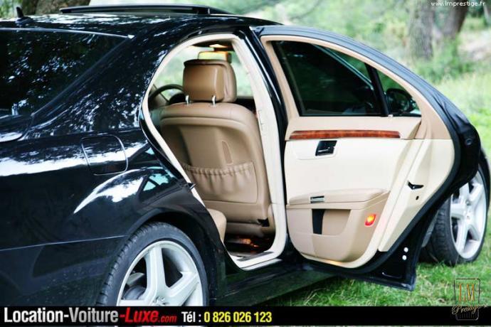 elegant location voiture mariage louer les plus belles voitures de luxe avec chauffeur pour. Black Bedroom Furniture Sets. Home Design Ideas