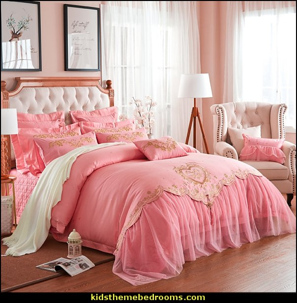 pink gold bedding  bedding - funky cool girls bedding - fashion bedding - girls bedding - teens bedding  - novelty bedding - duvet covers - comforter sets - lace bedding - floral bedding - solid color bedding - fuzzy furry bedding - ruffle bedding - novelty blankets - mermaid blankets - Pompom blanket - Chunky Knit Blankets