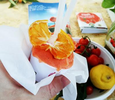 Pomodori deliziosi per il mattino di Mariko e Shoei Nkagawa
