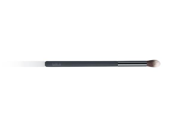 novedades de Lola Makeup Contour Kit y Universal Pressed Power maquillaje belleza