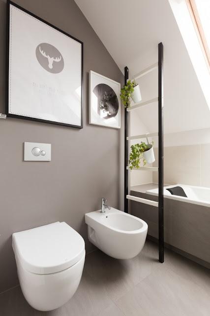 ванная комната с туалетом и биде дизайн фото