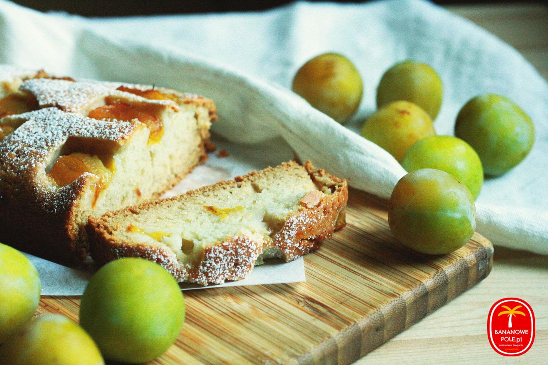 http://www.bananowepole.pl/2018/08/weganskie-ciasto-ze-sliwkami.html