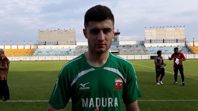 Nuriddin Davronov_Madura United