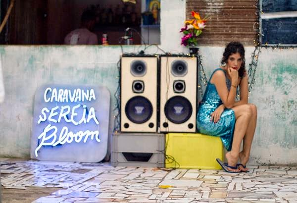 Céu - Caravana Sereia Bloom