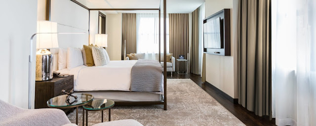 Set in the historic Samuel F. Carter skyscraper, the JW Marriott Houston Downtown eloquently carries the rich legacy of the city forward, blending past and present in a dynamic fusion.