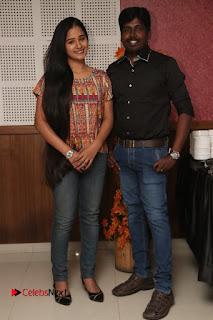 9 Giragankalum Ucham Petravan Tamil Movie Pooja Stills  0019.jpg