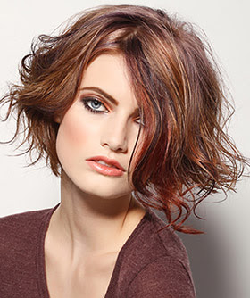 Tagli di capelli corti trendy  ecco quelli più adatti in base alla forma  del viso! f1c269fb8b31