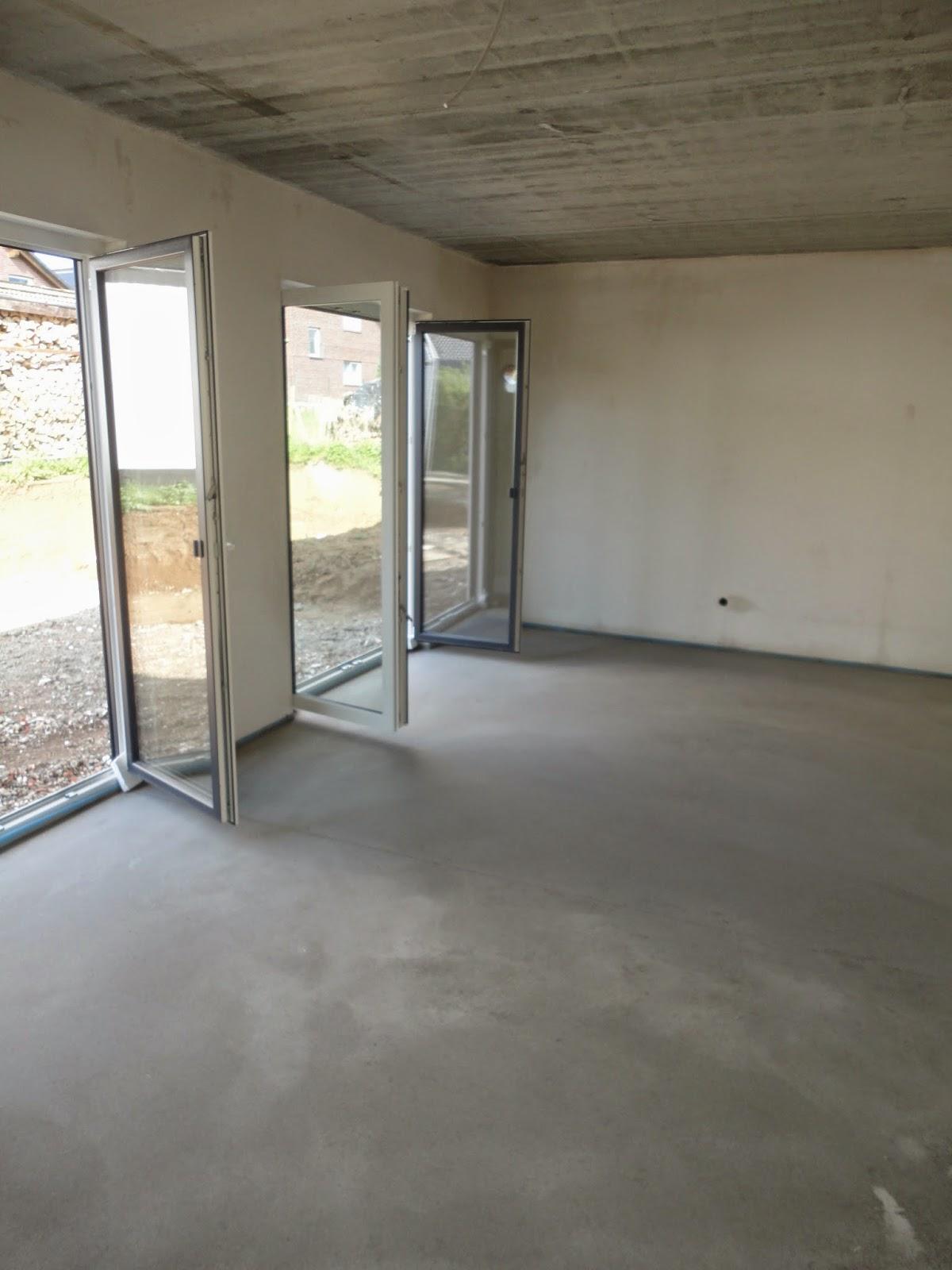 Unser Traumhaus In Der Grafschaft Tag 159 Estrich Und Garage
