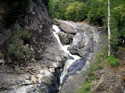 cascada putnei lepsa