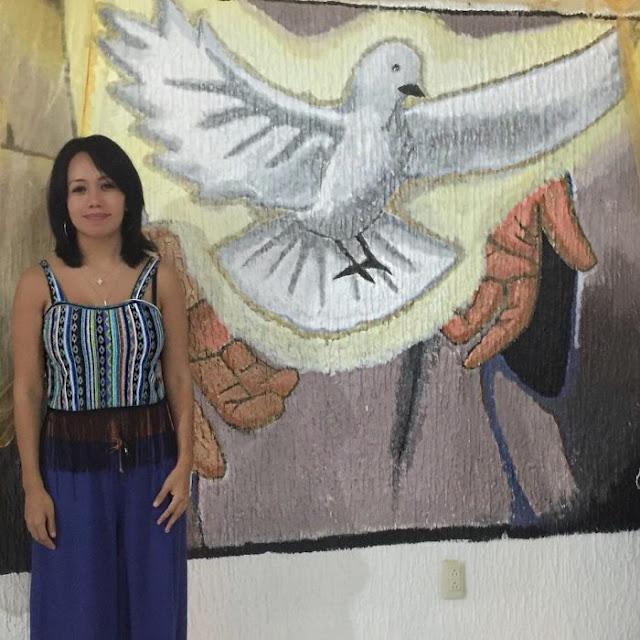 Luna Bella abandona el cristianismo y regresa a las andadas