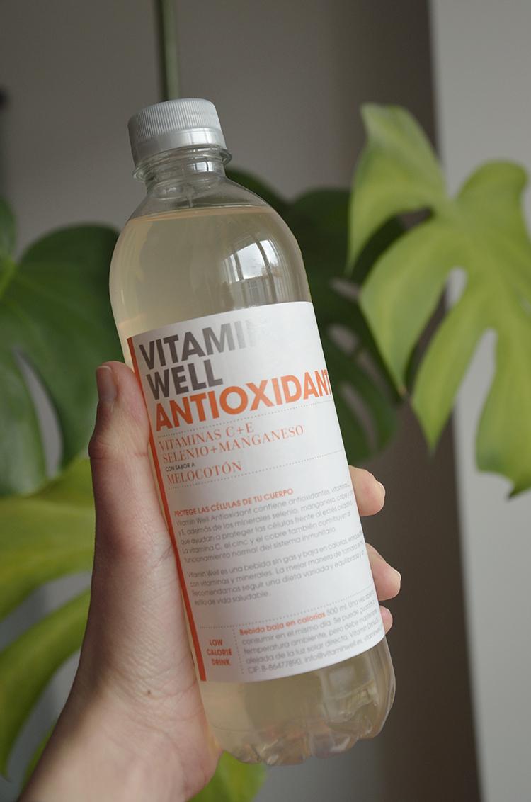 bodybox_marzo_lets_go_beauty_belleza_vitamin_well_antioxidant_bebida_melocoton