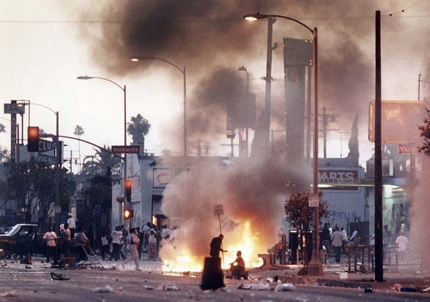 Photos+of+The+1992+Los+Angeles+Riots+(5)