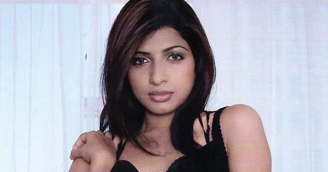 Nude Manisha 14