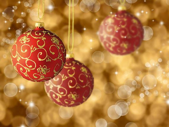 download besplatne Božićne pozadine za desktop 1600x1200 blagdani čestitke Merry Christmas kuglice za bor
