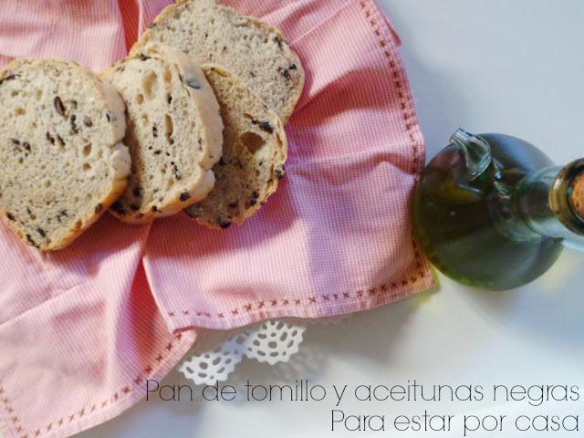 Pan tomillo y aceitunas negras
